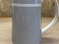 Krasilnikoff Danish Design, Saftkanne, weiß grau gestreift