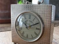 Nostalgische Uhr, klein, Aluminium Silber