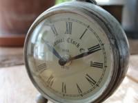 Nostalgische Uhr, rund, Aluminium Silber